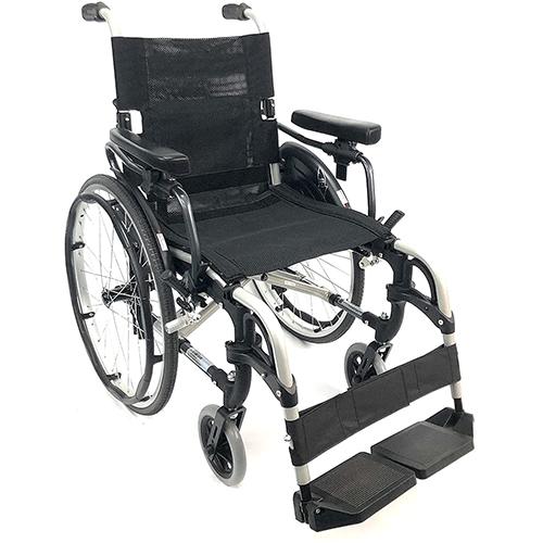 Karma 29 Pounds S-305 Ergonomic Wheelchair