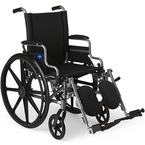 Medline – MDS806550E Lightweight & User-Friendly Wheelchair